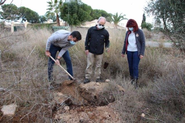 ACUDE y el Ayuntamiento de Alhama plantan 100 ejemplares de tarays en la Alcanara - 2, Foto 2