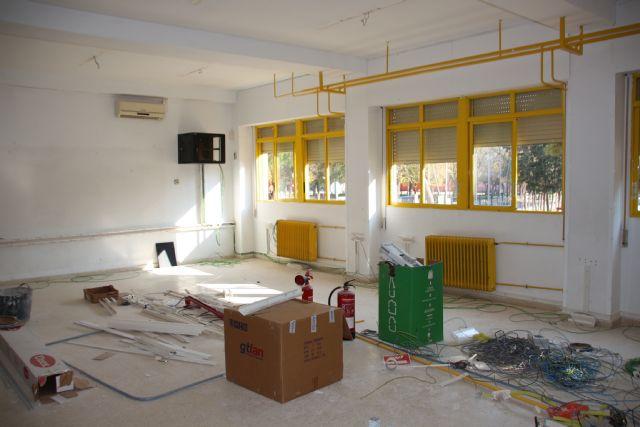 El Ayuntamiento invierte 14.000 euros para ampliar el aula de informática del CEIP Ginés Díaz - San Cristóbal, Foto 1