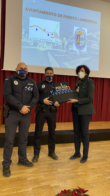 El Ayuntamiento equipa a la Policía Local de  Puerto Lumbreras con chalecos antibalas y anticorte - 2, Foto 2
