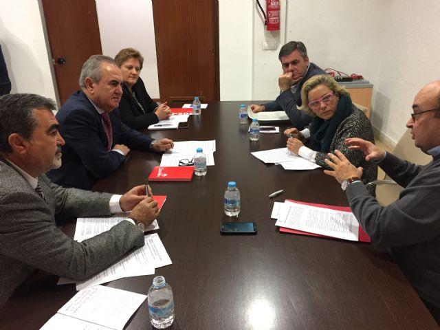 El PSOE plantea el blindaje al Tajo-Segura, la desalinización al 100 por cien y un menor coste energético para el pacto regional del agua - 1, Foto 1