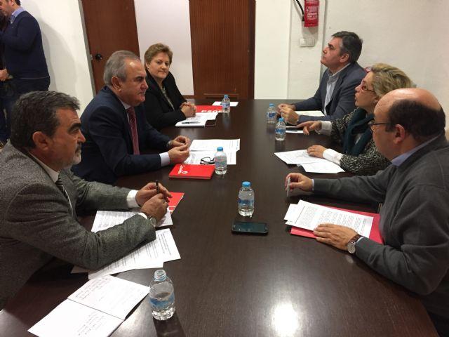 El PSOE plantea el blindaje al Tajo-Segura, la desalinización al 100 por cien y un menor coste energético para el pacto regional del agua - 2, Foto 2