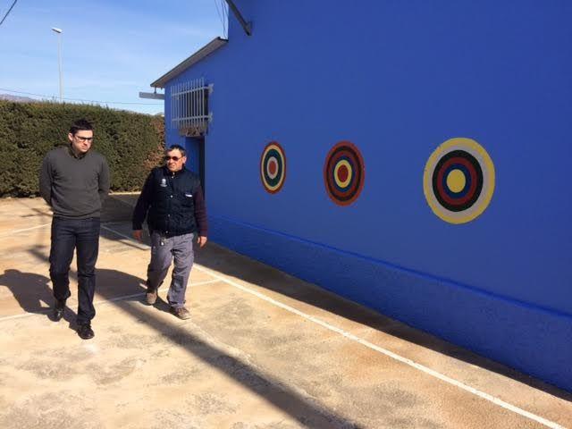 Realizan trabajos de repintado de la fachada del Colegio de Lébor y otras actuaciones similares en otros centros educativos del municipio - 4, Foto 4