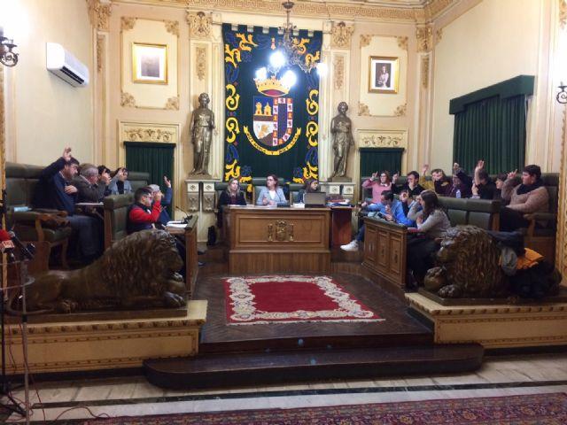 El pleno de enero aprueba dos de las tres mociones presentadas - 1, Foto 1
