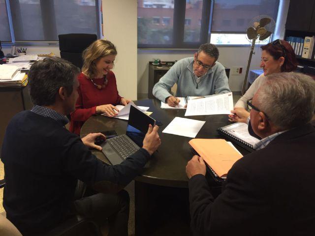 La Alcaldesa de Molina de Segura se reúne con el Director General del Agua para tratar los problemas de saneamiento del municipio - 2, Foto 2