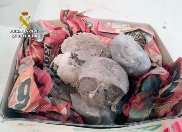 La Guardia Civil recupera 80.000 piezas arqueológicas halladas en una nave industrial de Lorca - 2, Foto 2
