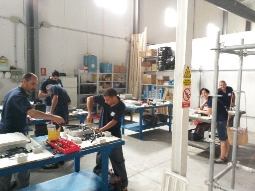 "Students of the Professional Certificate of ""Assembly and maintenance of low-voltage electrical installations"" begin their non-work professional practices in companies"