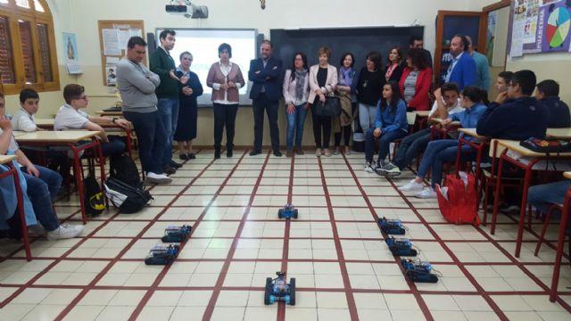 La directora general de Innovación Educativa y Atención a la Diversidad asiste a la I jornada del aprendizaje en Totana y proyecto #Totaneando