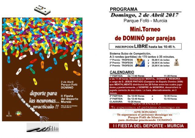 El alcalde pedáneo de San Ginés realiza una exhibición de dominó durante una jornada destinada a estimular la memoria - 1, Foto 1
