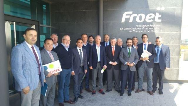 La Comunidad trasladará al ministerio de Fomento y a la UE la problemática de los polizones para dar más seguridad a las empresas de transporte - 1, Foto 1