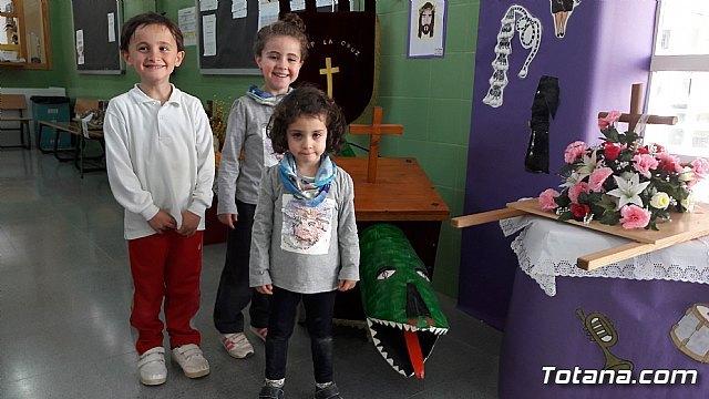 Los niños del CEIP LA CRUZ crean una exposición sobre la Semana Santa - 3, Foto 3