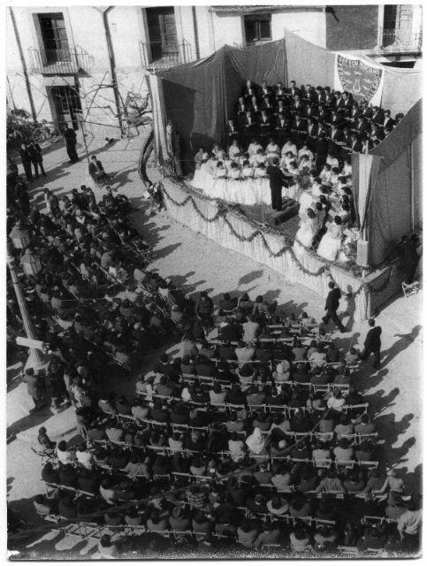 El Archivo General custodia y digitaliza cerca de medio centenar de fotografías sobre la historia del Orfeón Fernández Caballero - 2, Foto 2