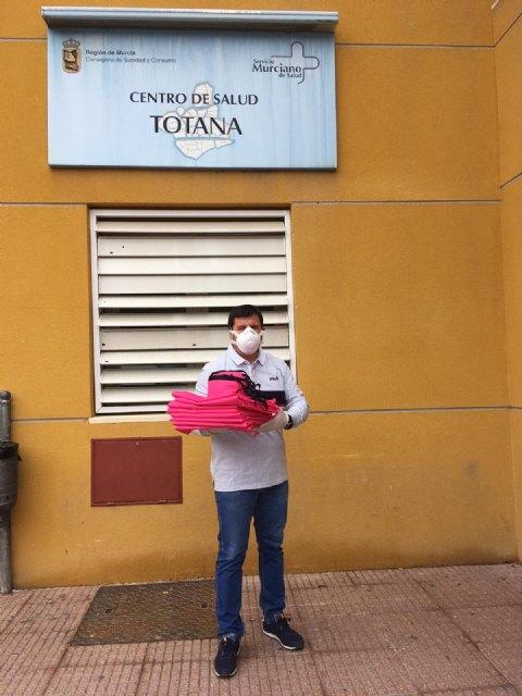 La Hdad. de La Cleofé dona material sanitario a los Centros de Salud de Totana y profesionales - 1, Foto 1