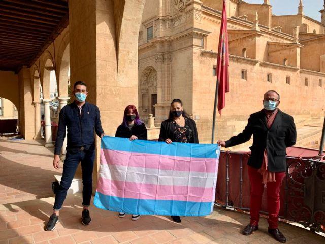El Ayuntamiento de Lorca visibiliza a las personas trans en el Día Internacional de este Colectivo que se celebra hoy, 31 de marzo - 1, Foto 1