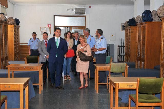 La Corporación municipal visitó el Centro Universitario de la Defensa en la AGA - 3, Foto 3