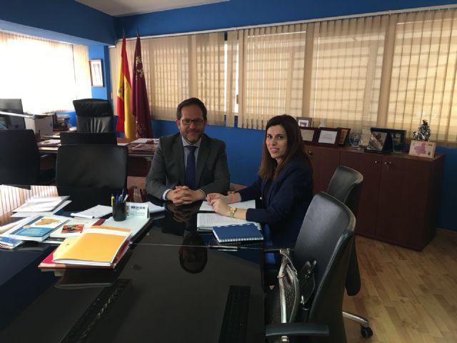 La concejal Guillén insiste ante el Director de Seguridad Ciudadana y Emergencias en renovar parte de la flota de vehículos policiales - 1, Foto 1