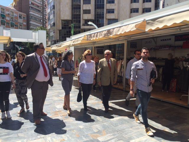 Maruja Pelegrín inaugura la II edición de la Feria Muác del Verano - 2, Foto 2