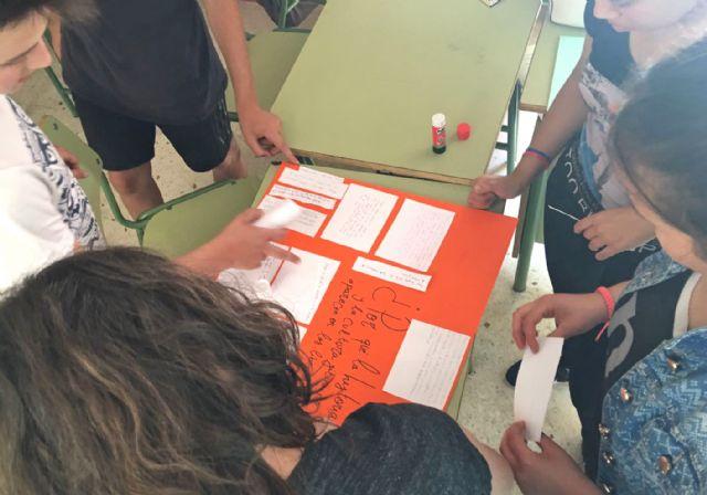 La Fundación Secretariado Gitano realiza talleres en el Instituto Rambla de Nogalte para eliminar los estereotipos sobre la comunidad gitana - 3, Foto 3
