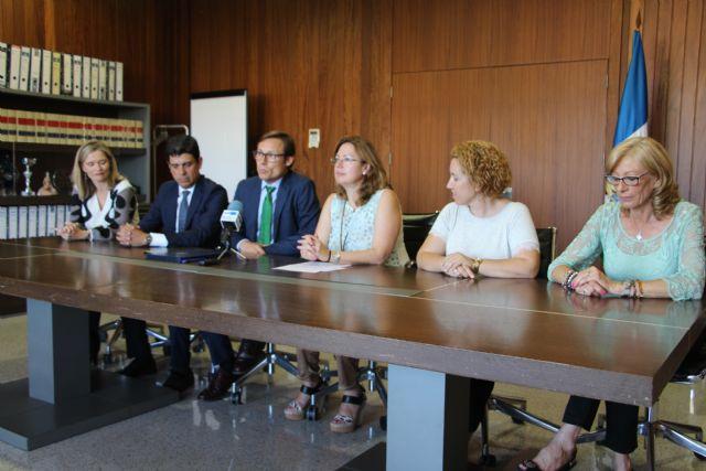 CaixaBank aporta 6.000 euros a proyectos de carácter educativo y social - 1, Foto 1