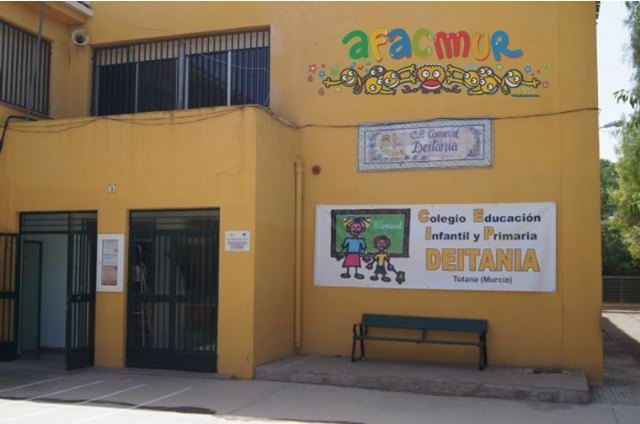 El colegio Deitania se vuelca con AFACMUR - 1, Foto 1