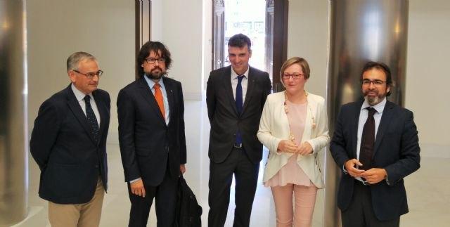 El Gobierno regional reclama en Valencia la conexión al Corredor Mediterráneo para aumentar la capacidad exportadora - 1, Foto 1