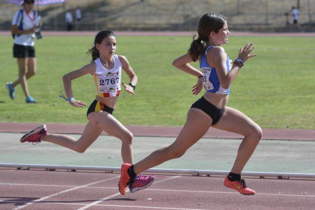 36 medallas para el Club Atletismo Alhama en la final regional benjamín, alevín e infantil, Foto 4