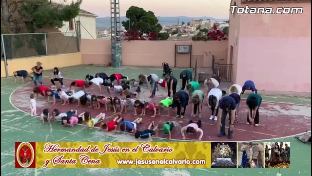 """El Calvario"" joined the challenge ""Three Push-ups for Religion classes"""