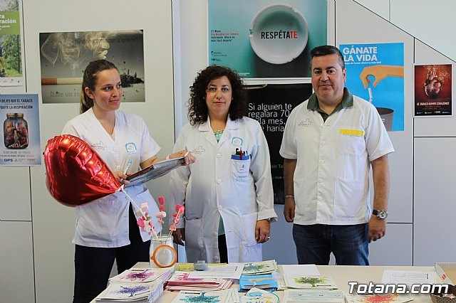 The Totana Sur Health Center develops an awareness campaign to stop smoking