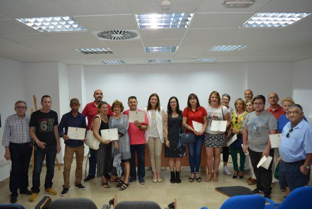 Concluyen los cursos de informática impartidos por la técnica adscrita al Programa de Empleo Público Local de Garantía Juvenil - 1, Foto 1