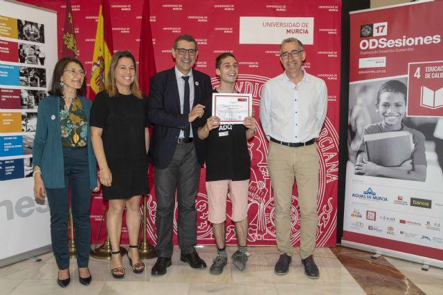 David Vigueras, elegido 'Voluntario del mes' del proyecto 17 ODSesiones de la Universidad de Murcia - 1, Foto 1