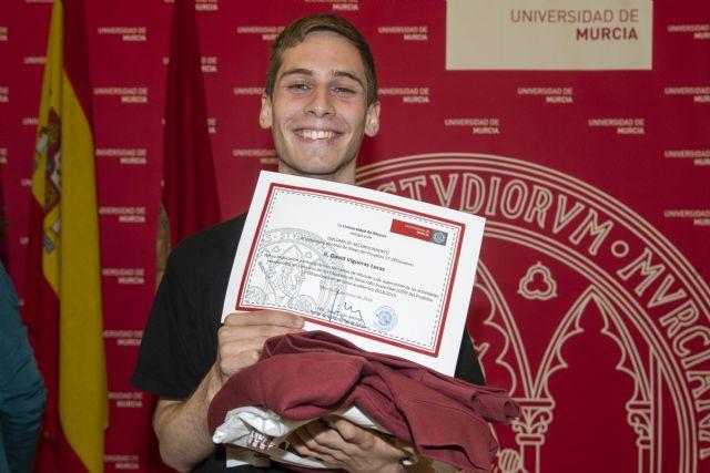 David Vigueras, elegido 'Voluntario del mes' del proyecto 17 ODSesiones de la Universidad de Murcia - 2, Foto 2