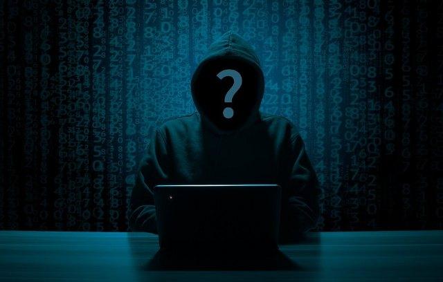 Compartir vídeos o imágenes sexuales puede ser delito