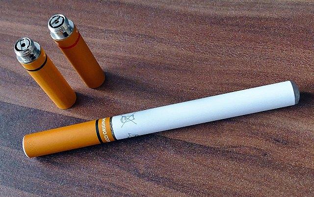 Allan Sam: Los cigarrillos electrónicos no deberían ser una alternativa al tabaco porque generan mayor adicción y conllevan consecuencias graves para la salud - 1, Foto 1