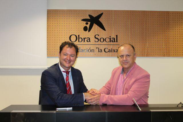Fundación Cepaim y la Obra Social la Caixa refuerzan su alianza estratégica con la firma de tres convenios de colaboración en su apuesta por la lucha contra la pobreza en las provincias de Almería y Murcia - 1, Foto 1