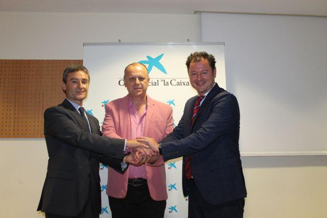 Fundación Cepaim y la Obra Social la Caixa refuerzan su alianza estratégica con la firma de tres convenios de colaboración en su apuesta por la lucha contra la pobreza en las provincias de Almería y Murcia - 2, Foto 2
