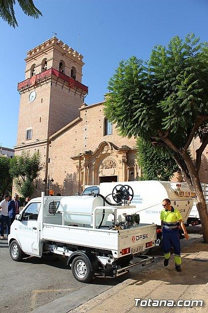 Se presenta la nueva maquinaria adquirida por la concesionaria del servicio de limpieza viaria y recogida de residuos sólidos urbanos, Foto 5
