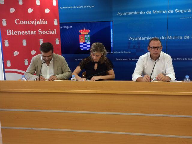 El Ayuntamiento de Molina de Segura y Cáritas firman un convenio de colaboración para atender a personas en situación de exclusión social grave - 2, Foto 2