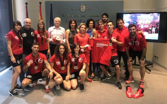 Martínez-Cachá recibe a los 21 medallistas de la Federación de Kickboxing - 2, Foto 2