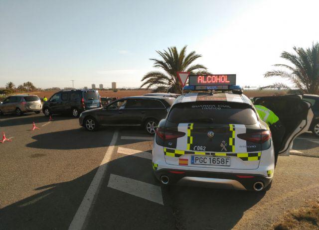 La Guardia Civil investiga a un conductor por tres delitos contra la seguridad vial - 1, Foto 1