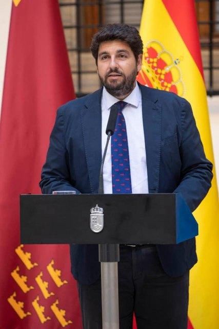 El presidente de la Comunidad Autónoma, Fernando López Miras, anuncia la composición del nuevo Ejecutivo regional - 2, Foto 2
