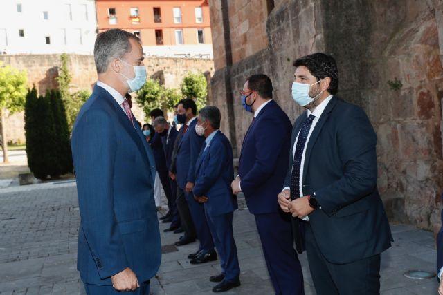 López Miras reclama a Sánchez que el reparto de los fondos europeos para hacer frente al covid-19 no discrimine a unos territorios frente a otros - 3, Foto 3
