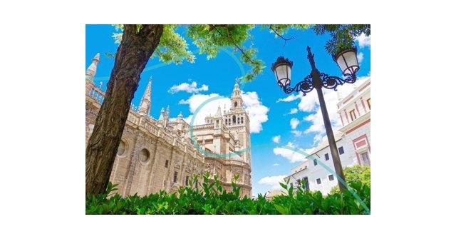 La Catedral de Sevilla es uno de los atractivos que Tiqets pone al alcance de los visitantes, Foto 1
