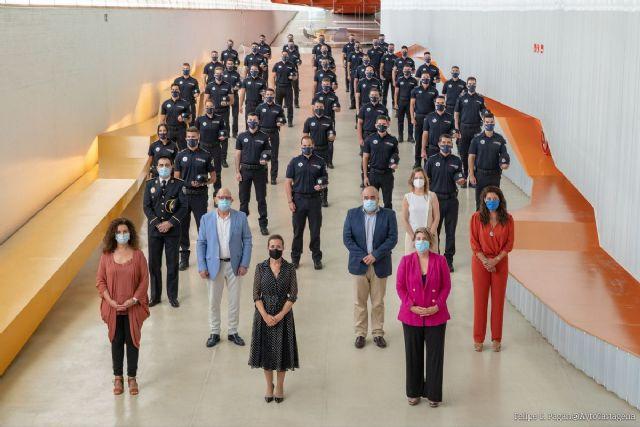 La entrada de 41 nuevos agentes a la plantilla de la Policía Local servirá para potenciar la figura del Policía de Barrio - 1, Foto 1