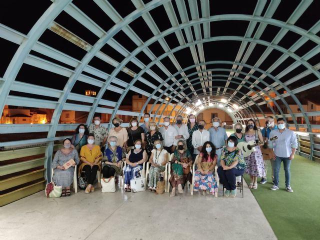 Más de un centenar de lumbrerenses disfrutaron con la vuelta del recital de poesía del Nogalte Cultural - 1, Foto 1