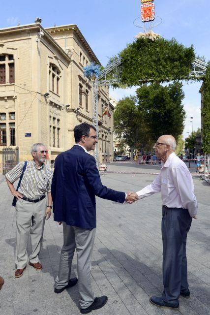 Murcia amanecerá mañana con los históricos arcos de flores para recibir a la Fuensanta - 3, Foto 3