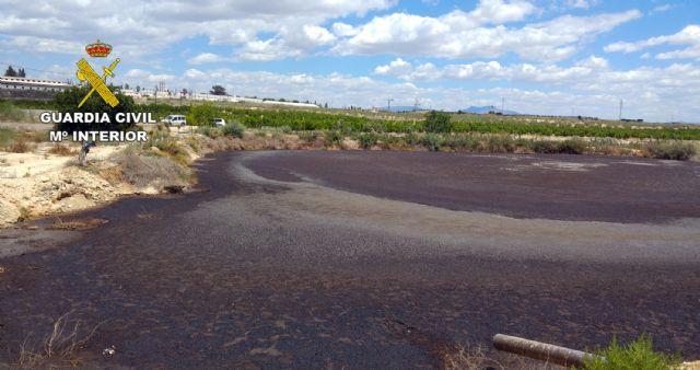 La Guardia Civil investiga al responsable de una granja por vertidos ilegales de purines - 1, Foto 1