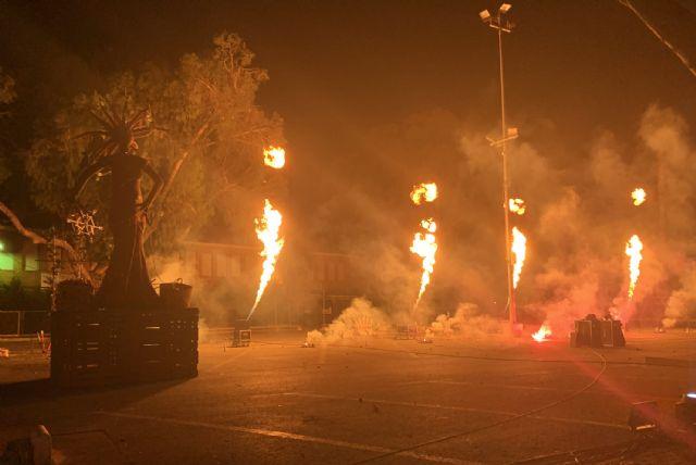 La Quema del Raspajo pone punto y final a unas fiestas 2021 marcadas por la seguridad anti-COVID - 1, Foto 1