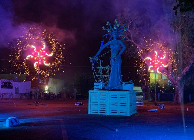 La Quema del Raspajo pone punto y final a unas fiestas 2021 marcadas por la seguridad anti-COVID - 5, Foto 5