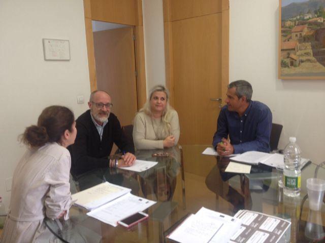Emprendedores de Totana se interesan por la convocatoria de ayudas de Campoder Leader para el 2017/21 - 1, Foto 1