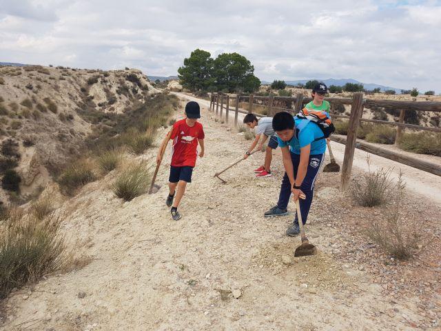 90 Alumnos del IES Floridablanca de Murcia realizan una reforestación en la Vía Verde - 2, Foto 2