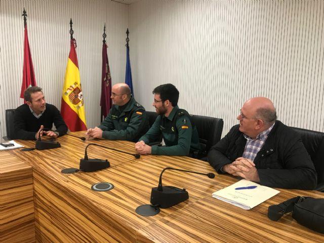 El Alcalde recibe al nuevo Teniente Comandante de Puesto Principal de la Guardia Civil, Rubén Peiró - 2, Foto 2